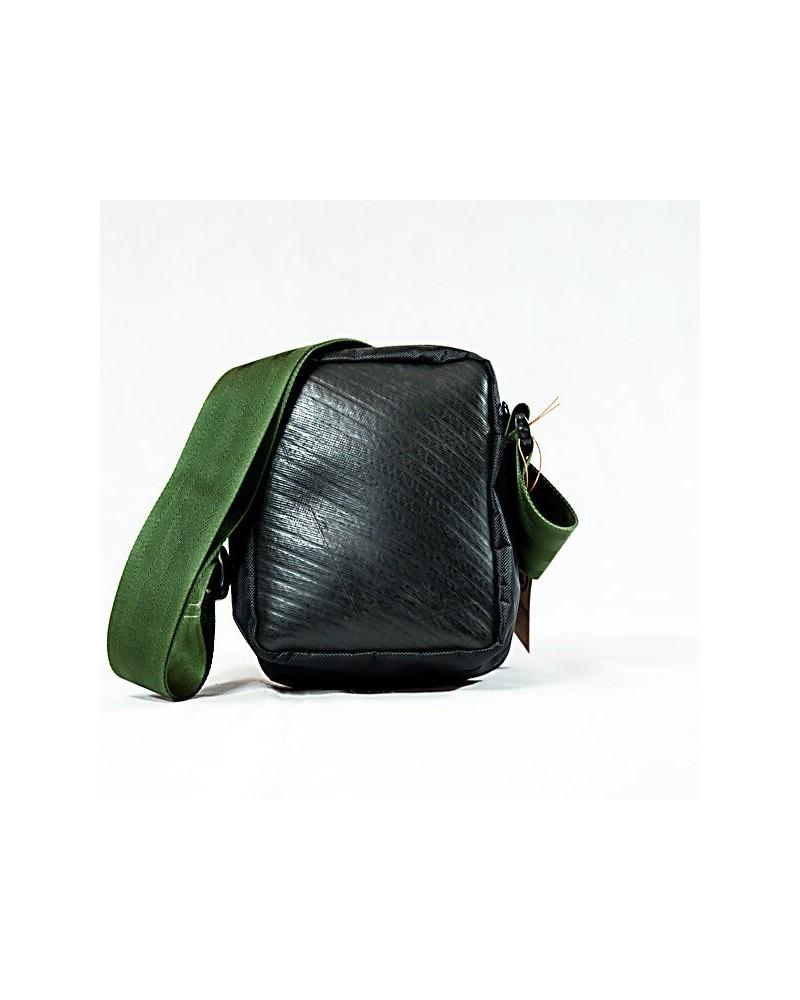 Borsello in camera d'aria riciclata e nylon – tracolla verde militare Commercio equo e solidale