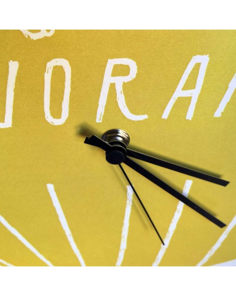 Orologio in cartone riciclato Ci sto già lavorando DESIGN IRONICO