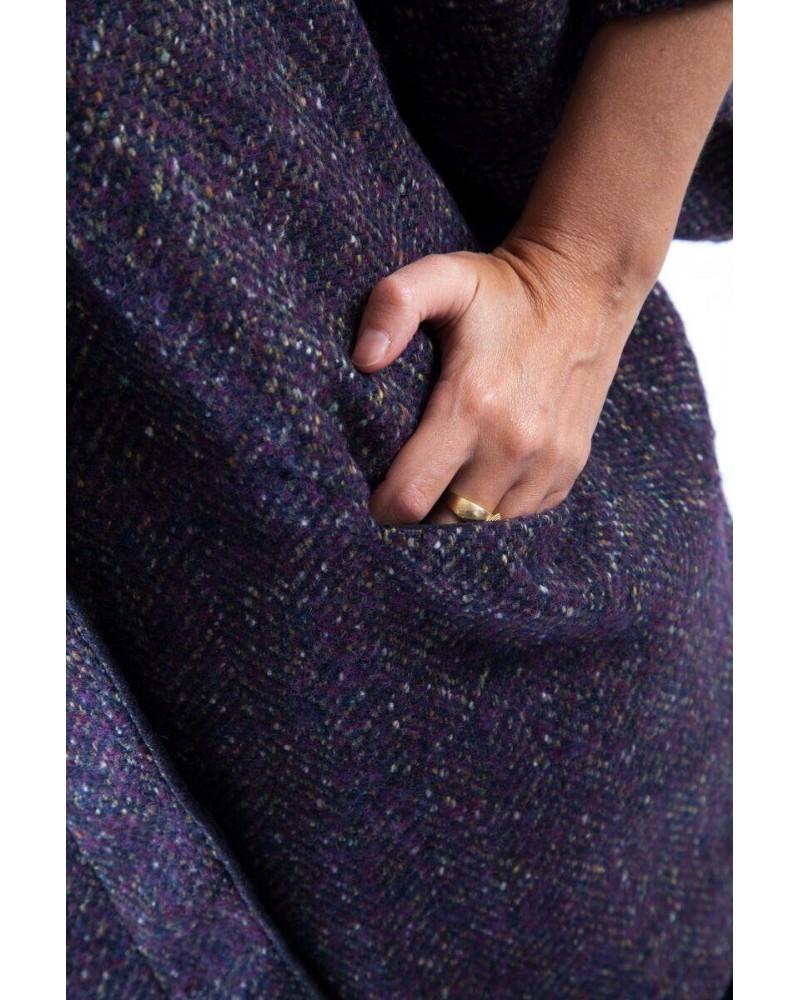 Soprabito sartoriale con manicotti in lana Made in Italy