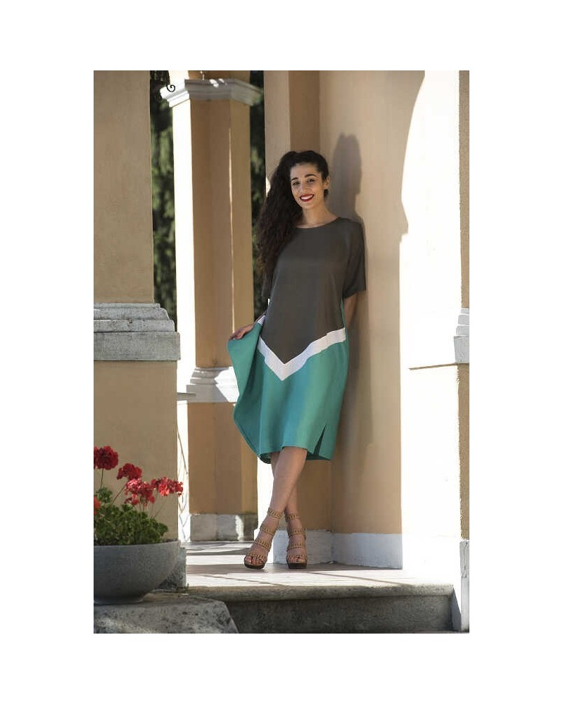 Vestito manica corta in lino verde