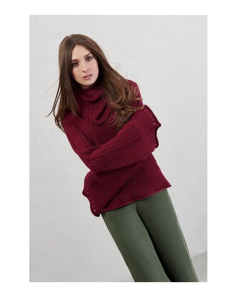 Maglione donna in lana merino rosso vinaccia.