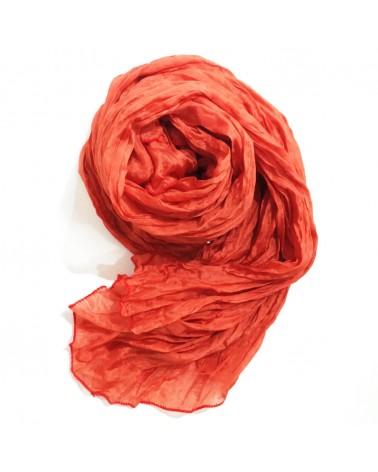 Sciarpa mattone chiaro in seta tinta con colori naturali - produzione artigianale