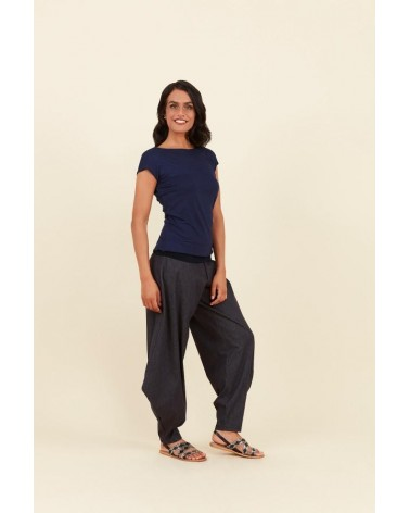 Pantalone da donna in cotone e lino. Linea sartoriale