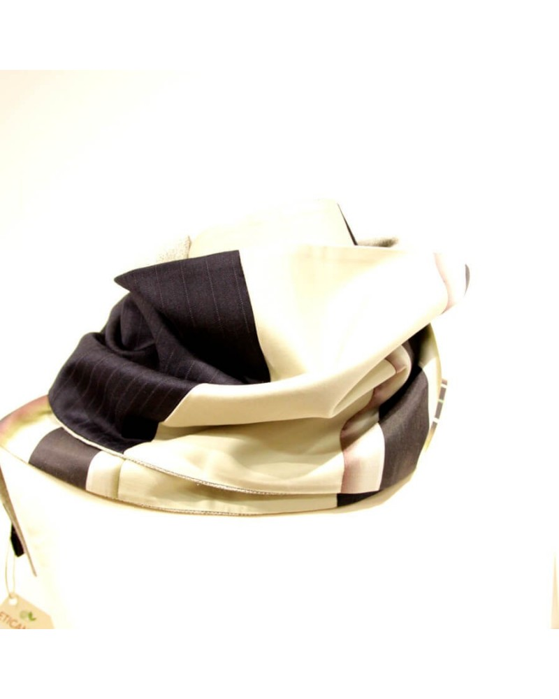 Sciarpa artigianale in lana, cotone, seta. Made in Italy