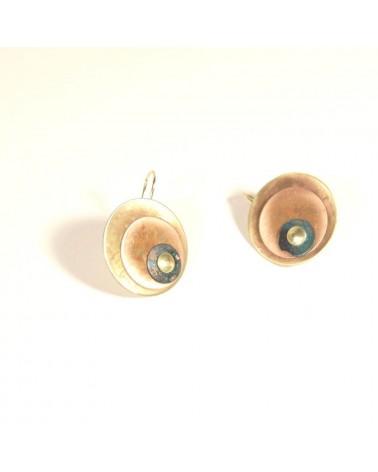 Orecchini artigianali in metallo ossidato, occhio.