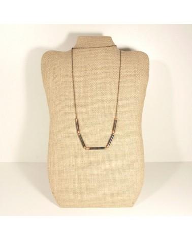 Collana artigianale in metallo ossidato, tubolare.