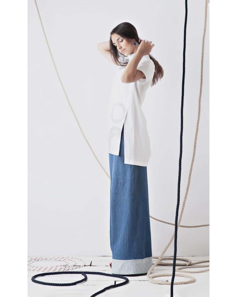 Camicia lunga con spacchi laterali in cotone, dipinta a mano, palazzi, TG M. Articolo di sartoria, pezzo unico.