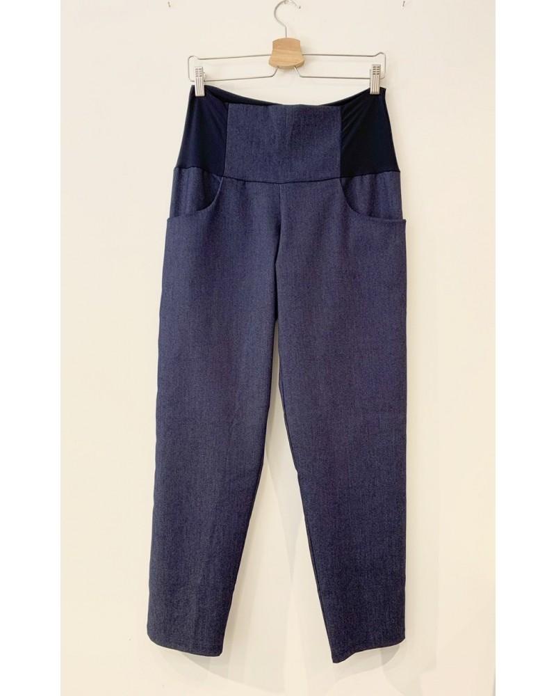 Pantaloni sartoriali donna in cotone jeans denim, made in Italy.
