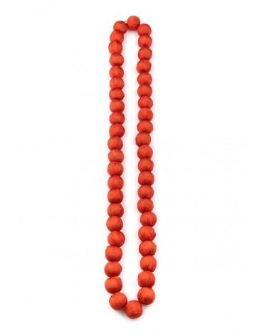 Collana arancione in seta e perle di legno, tinture ecologiche.