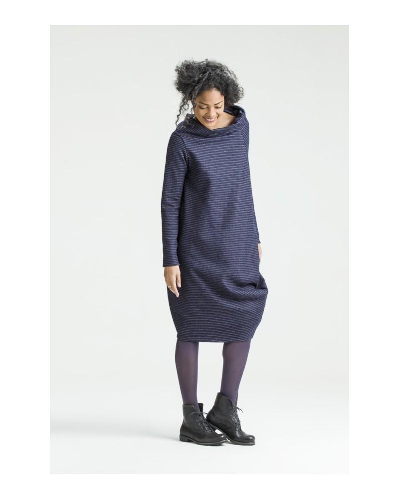 Abito donna sartoriale in lana antracite. Made in Italy.