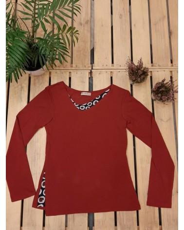 Maglia rossa slim con tessuto in contrasto, TG S. Articolo di sartoria